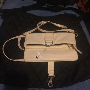 Handbags - Cute white crossbody👜👛👜